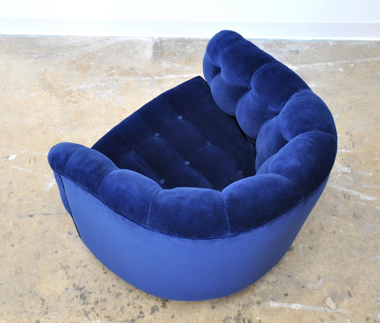 Milo Baughman for Thayer Coggin Blue Velvet Swivel Lounge Chair For Sale 4