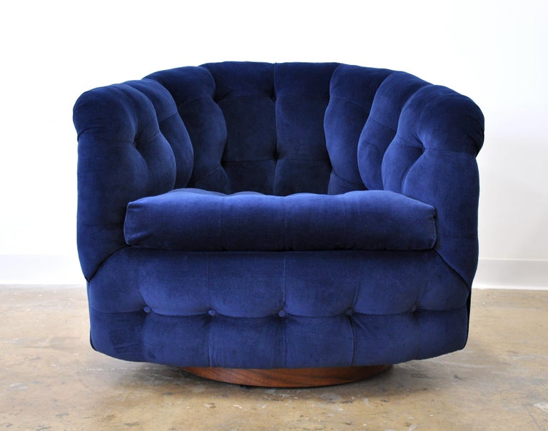 Milo Baughman for Thayer Coggin Blue Velvet Swivel Lounge Chair For Sale 10
