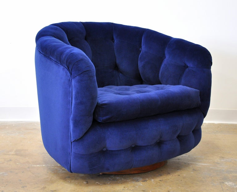 Milo Baughman for Thayer Coggin Blue Velvet Swivel Lounge Chair For Sale 11