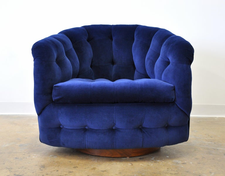 Milo Baughman for Thayer Coggin Blue Velvet Swivel Lounge Chair For Sale 12