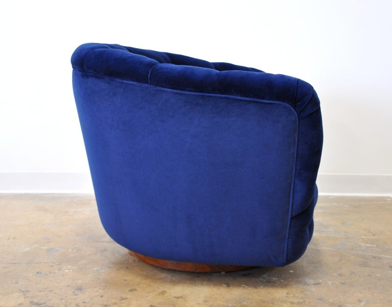 American Milo Baughman for Thayer Coggin Blue Velvet Swivel Lounge Chair For Sale
