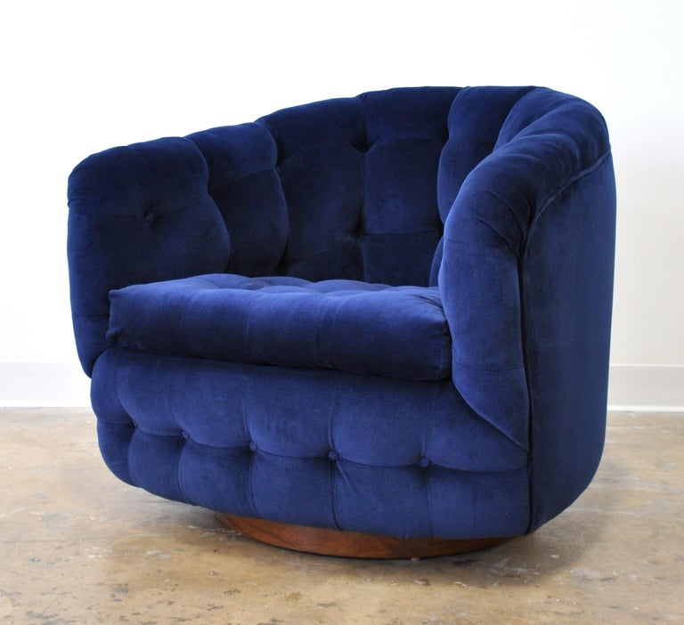 Mid-20th Century Milo Baughman for Thayer Coggin Blue Velvet Swivel Lounge Chair For Sale