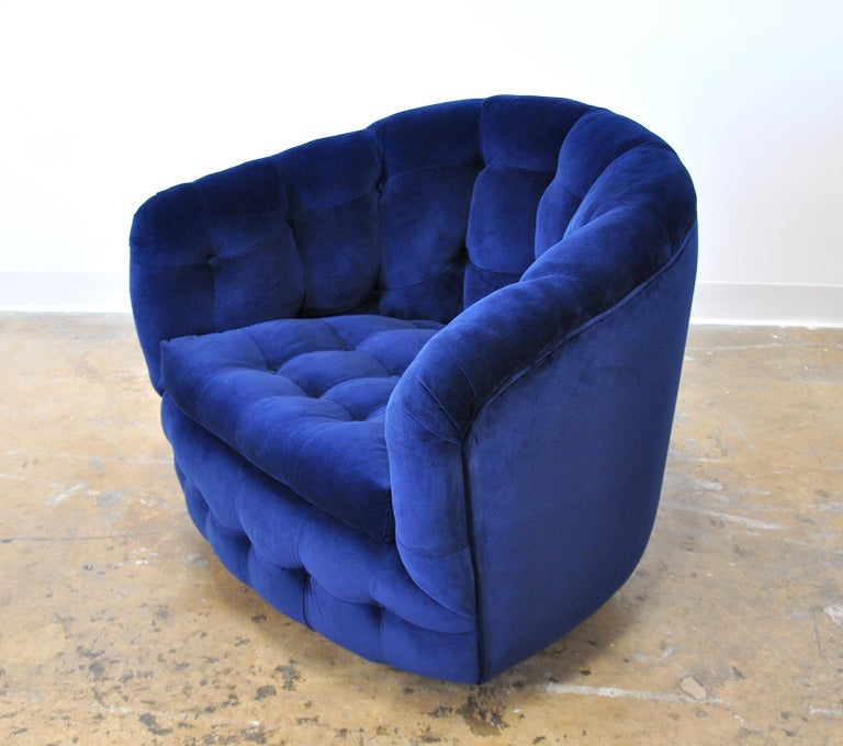 Milo Baughman for Thayer Coggin Blue Velvet Swivel Lounge Chair For Sale 1