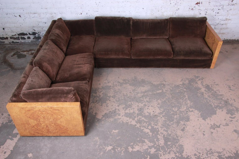 Milo Baughman for Thayer Coggin Burl Wood Case Sectional Sofa, 1970s In Good Condition For Sale In South Bend, IN