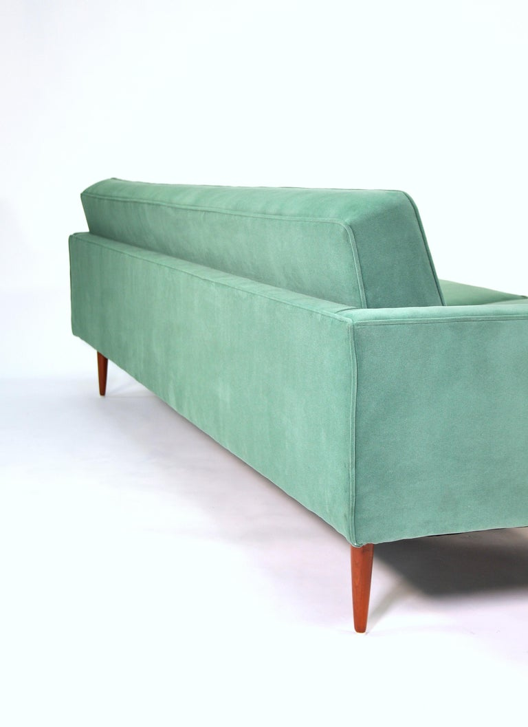 Milo Baughman for Thayer Coggin Green Velvet Sofa In Excellent Condition For Sale In Miami, FL