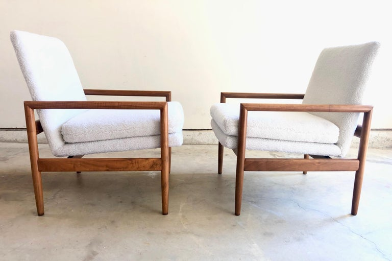 Mid-Century Modern Milo Baughman for Thayer Coggin Lounge Chairs For Sale