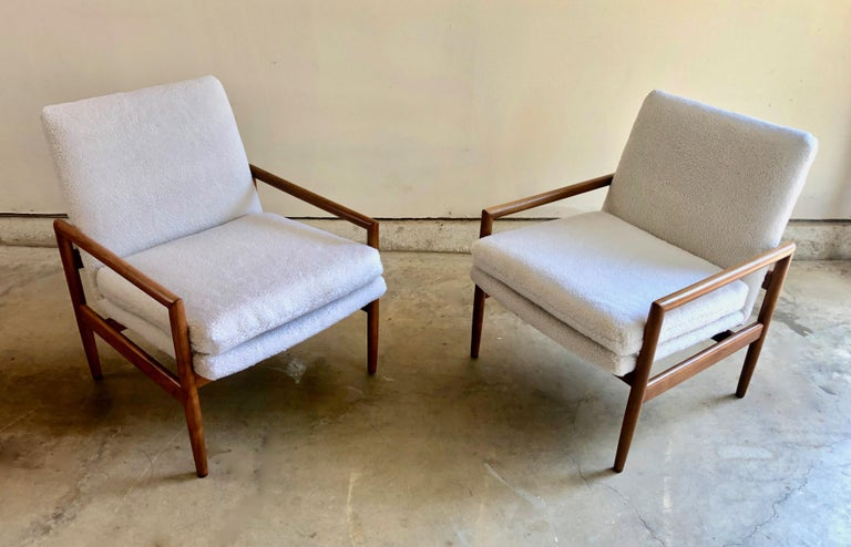 Milo Baughman for Thayer Coggin Lounge Chairs In Good Condition For Sale In Laguna Hills, CA