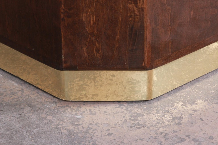 Milo Baughman for Thayer Coggin Maple and Brass Cube Side Table In Good Condition For Sale In South Bend, IN