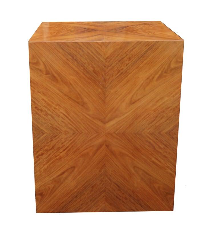 Veneer Milo Baughman for Thayer Coggin Rosewood Bookmatched Side End Table Pedestal For Sale