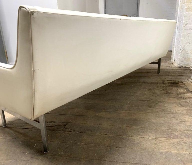 Milo Baughman for Thayer Coggin Tufted Sofa For Sale 1