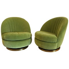 Milo Baughman, Green Swivel and Tilt Lounge Chairs, USA, 1970s