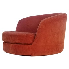 Milo Baughman Large Swivel Lounge Chair