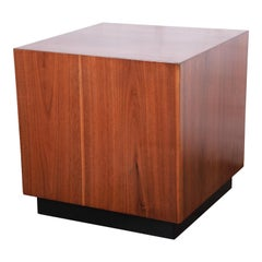 Milo Baughman Midcentury Walnut Cube Side Table or Coffee Table, Newly Restored