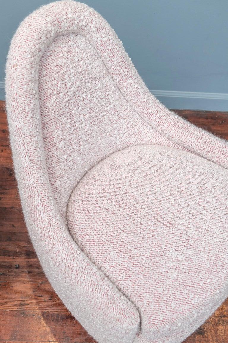 American Milo Baughman Petite Swivel Tilt Lounge Chairs For Sale