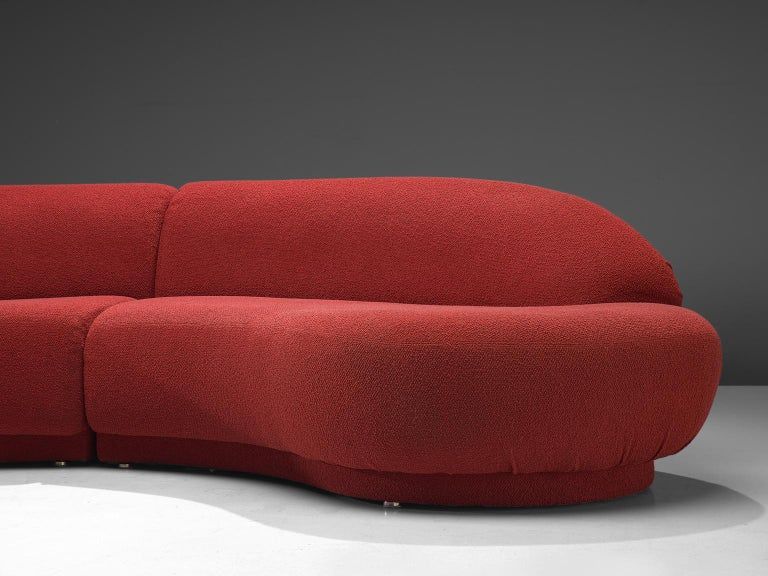 Milo Baughman Red Serpentine Curved Sofa In Good Condition For Sale In Waalwijk, NL