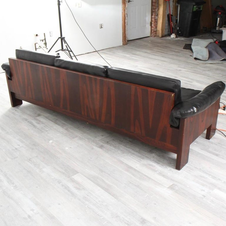 Milo Baughman Rosewood and Naugahyde Case Sofa for Thayer Coggin In Good Condition In New London, CT