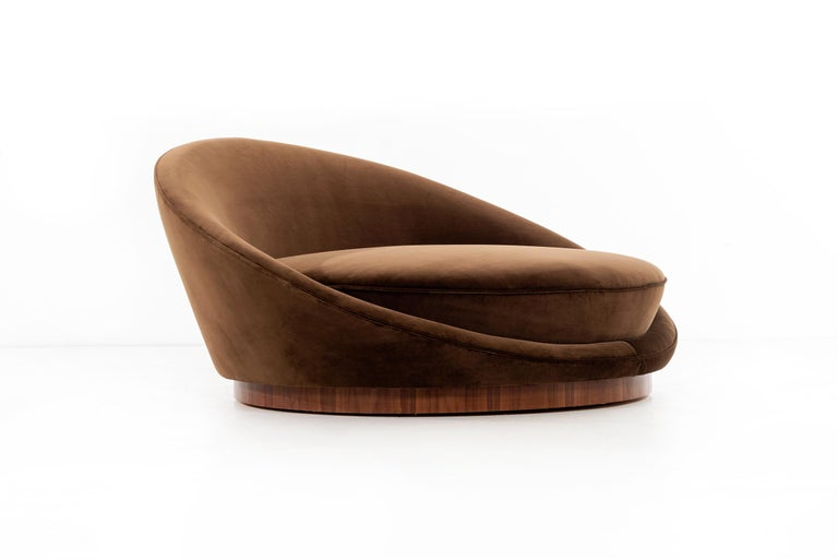 Mid-Century Modern Milo Baughman Satellite Chaise For Sale