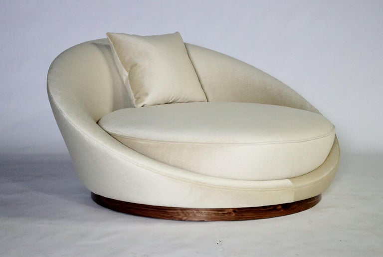 Milo Baughman Satellite Chaise Lounge For Sale 4