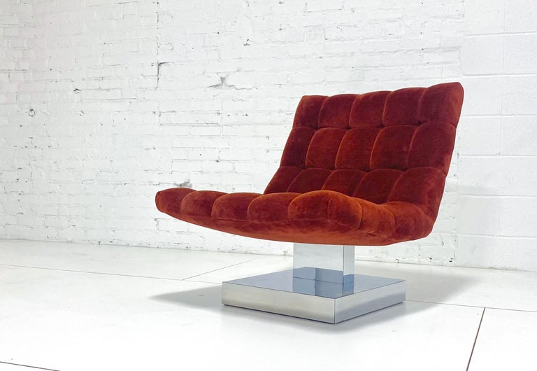 Mid-Century Modern Milo Baughman Scoop Chair on Chrome Base