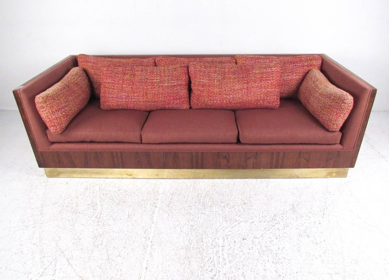 Milo Baughman Sofa with Rosewood Frame In Good Condition For Sale In Brooklyn, NY