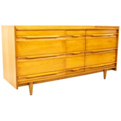 Milo Baughman Style Crawford Furniture MCM Blonde 9-Drawer Lowboy Dresser