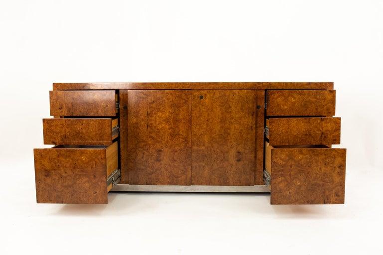 Milo Baughman Style Helikon Midcentury Burl Wood Sideboard Credenza In Good Condition For Sale In La Grange, IL