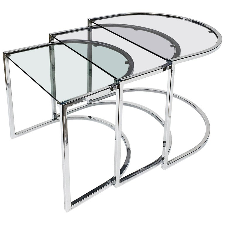 Milo Baughman Style of Chrome and Glass Nest Side Tables, Mid Century  For Sale