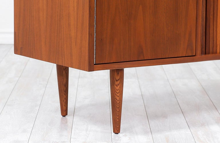 Milo Baughman Tambour-Door Credenza with Lacquered Drawers for Glenn of Cal. For Sale 1