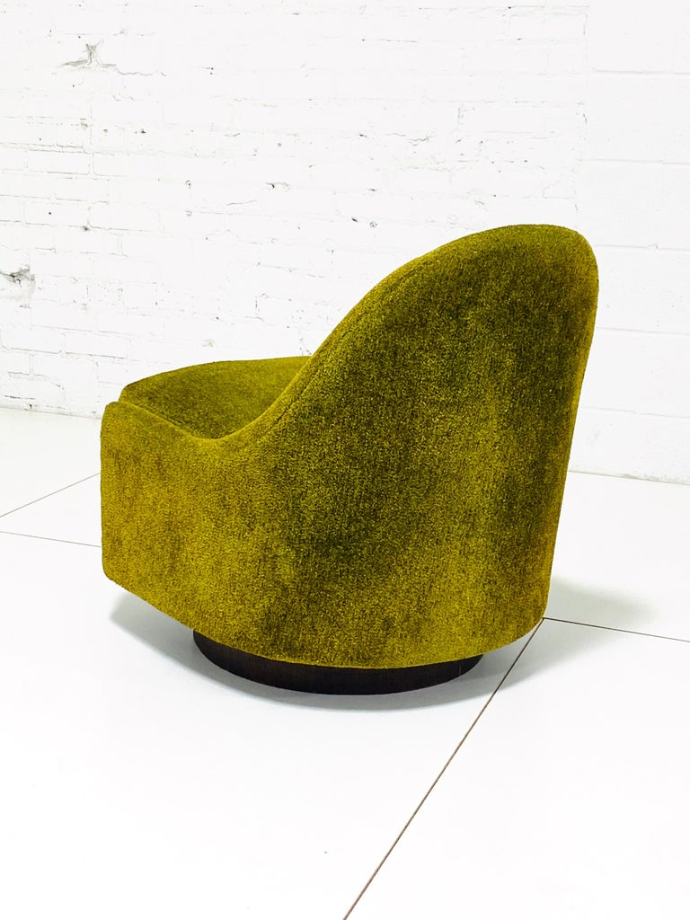 American Milo Baughman Tear Drop Swivel Lounge Chair