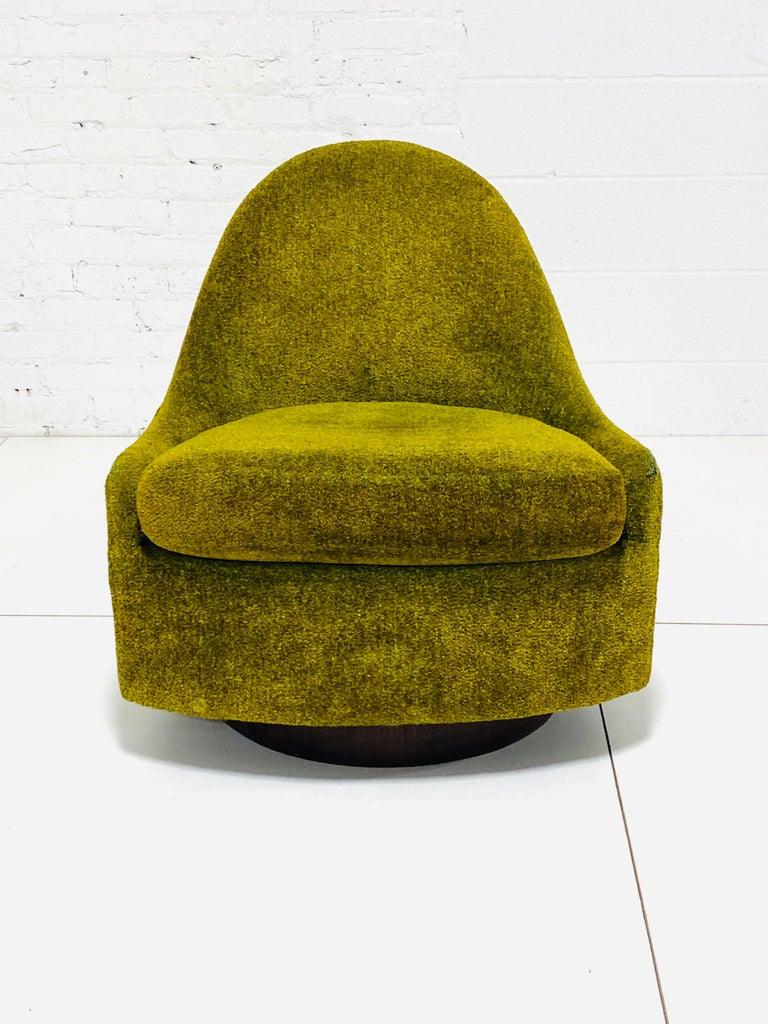 Milo Baughman Tear Drop Swivel Lounge Chair 2