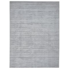 Milo, Contemporary Solid Loom Knotted Area Rug, Silver