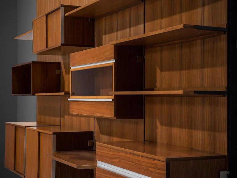 MIM Roma Wall Unit in Teak, 1960s In Good Condition For Sale In Waalwijk, NL