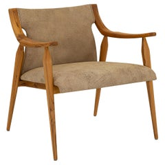 Mince Armchair Featuring Curved Arms, Spindle Legs & Leather