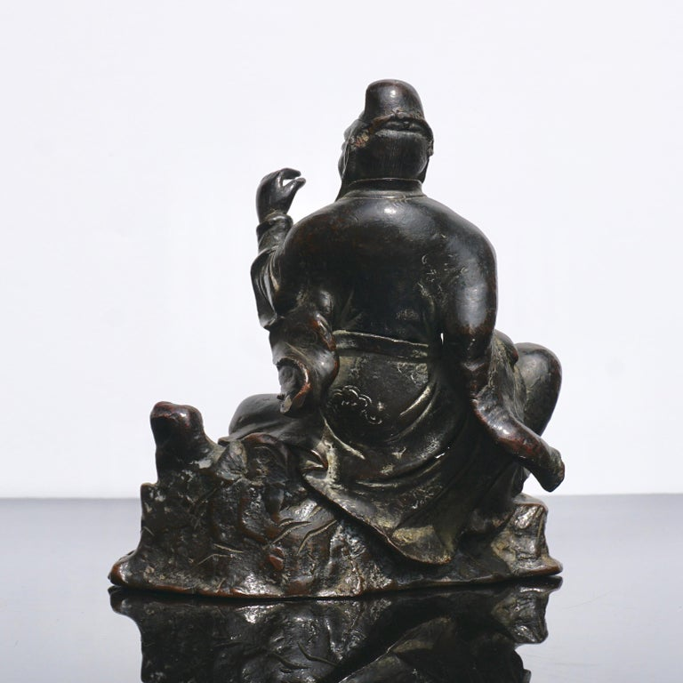 17th Century Ming Dynasty Bronze Figure of Guandi or Guan Yu For Sale
