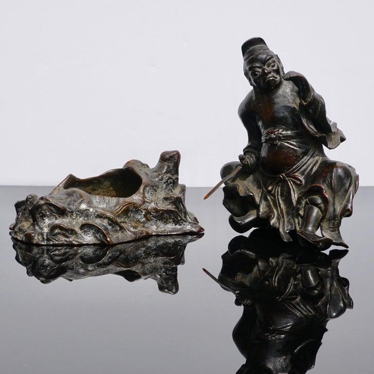 Ming Dynasty Bronze Figure of Guandi or Guan Yu For Sale 3
