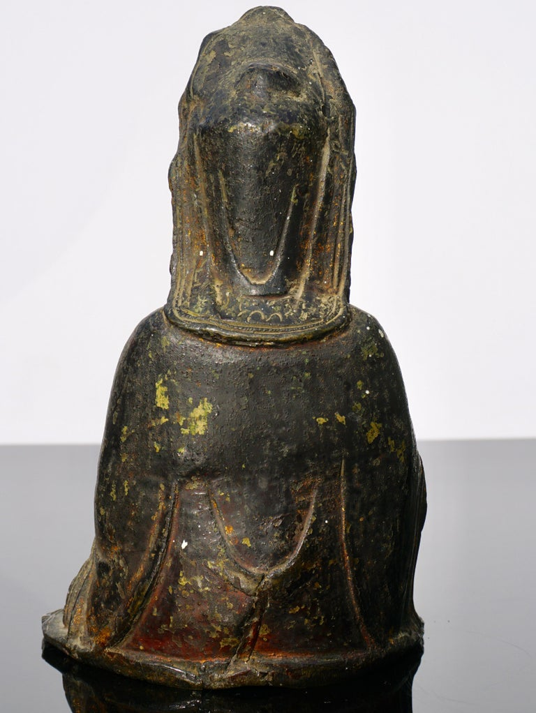 18th Century and Earlier Ming Dynasty Gilt Lacquered Bronze Songzi Guanyin For Sale