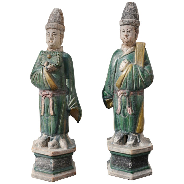 Ming Dynasty Sancai Glaze Dignitary Tomb Attendants 16th Century For Sale