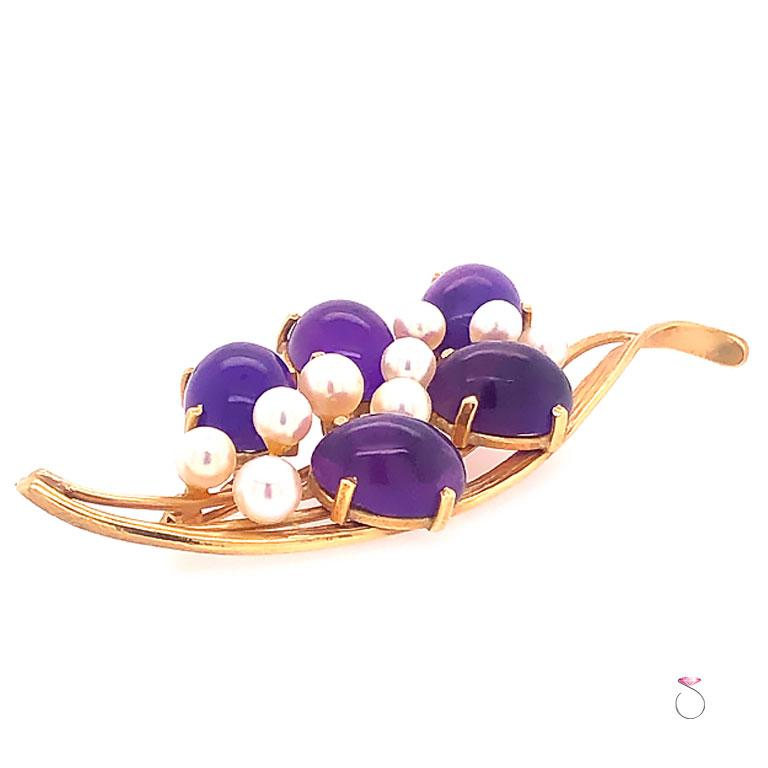 Art Deco Ming's Hawaii Amethyst and Akoya Pearl 14 Karat Yellow Gold Floral Brooch For Sale
