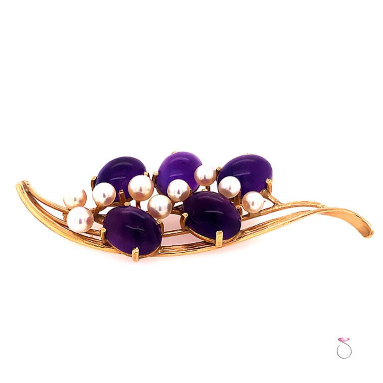 Oval Cut Ming's Hawaii Amethyst and Akoya Pearl 14 Karat Yellow Gold Floral Brooch For Sale
