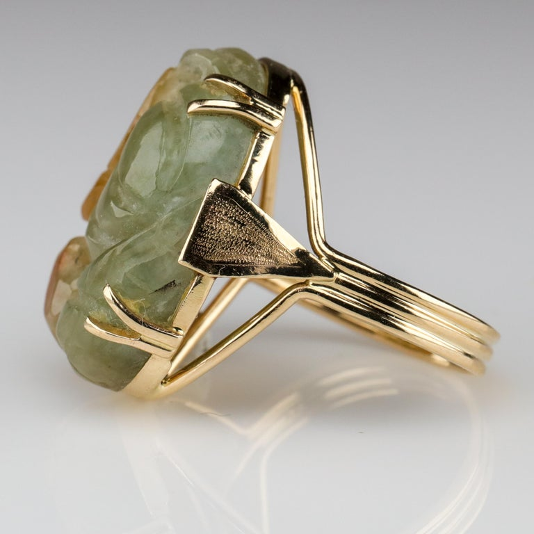 Women's or Men's Ming's Jade Ring from Midcentury For Sale