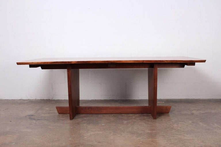 Minguren II Dining Table by Mira Nakashima In Good Condition For Sale In Dallas, TX