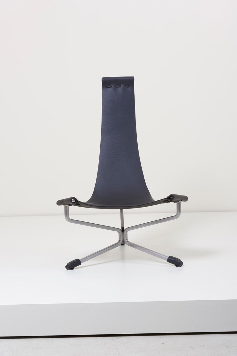 Mini Lotus chair designed by Daniel Wenger in the 1960s. Handmade during the 1970s and currently since 2009 by Daniel and son Sam. Solid steel powder-coated frame with heavy handpicked latigo leather sling. The leather can be chosen in black,