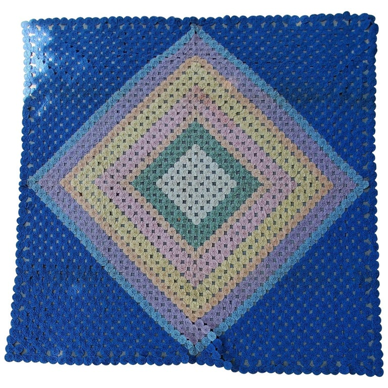 Mini Pieced Diamond in a Square YoYo Quilt For Sale