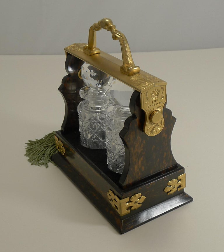Miniature Stagecoach Tantalus by Betjemman's, London, circa 1890 For Sale 1