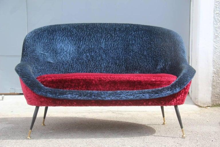Mid-20th Century Mid-Century Modern Italian Sofa 1950s Design Minotti Gigi Radice Blu Red Color  For Sale