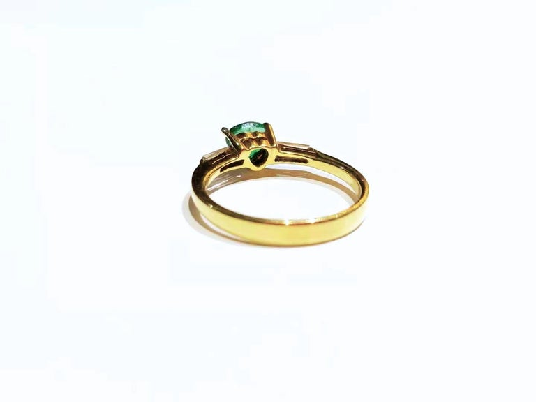 Minimal Emerald Baguette Diamond Crown Ring w/ Hidden Heart in 18K Yellow Gold In New Condition For Sale In Bangkok, TH