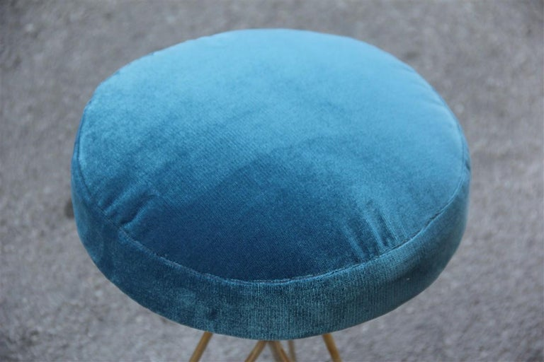 Minimal Geometric Pair of Stools New Brass Velvet Blu Italian Design In Excellent Condition For Sale In Palermo, Sicily