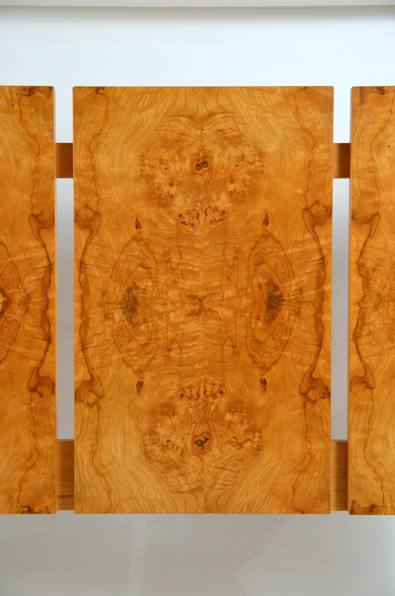 Minimalist Burl Wood Queen Size Headboard by Lane In Excellent Condition For Sale In Los Angeles, CA