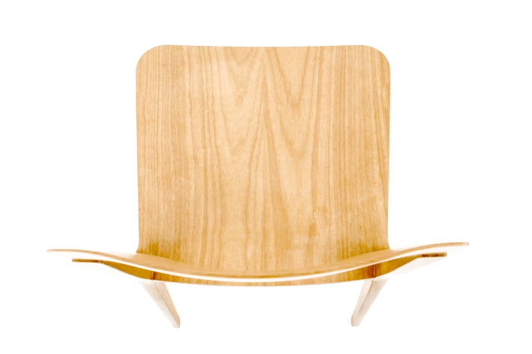 Minimalist Chair in Hardwood Solid Black without Arms For Sale 1