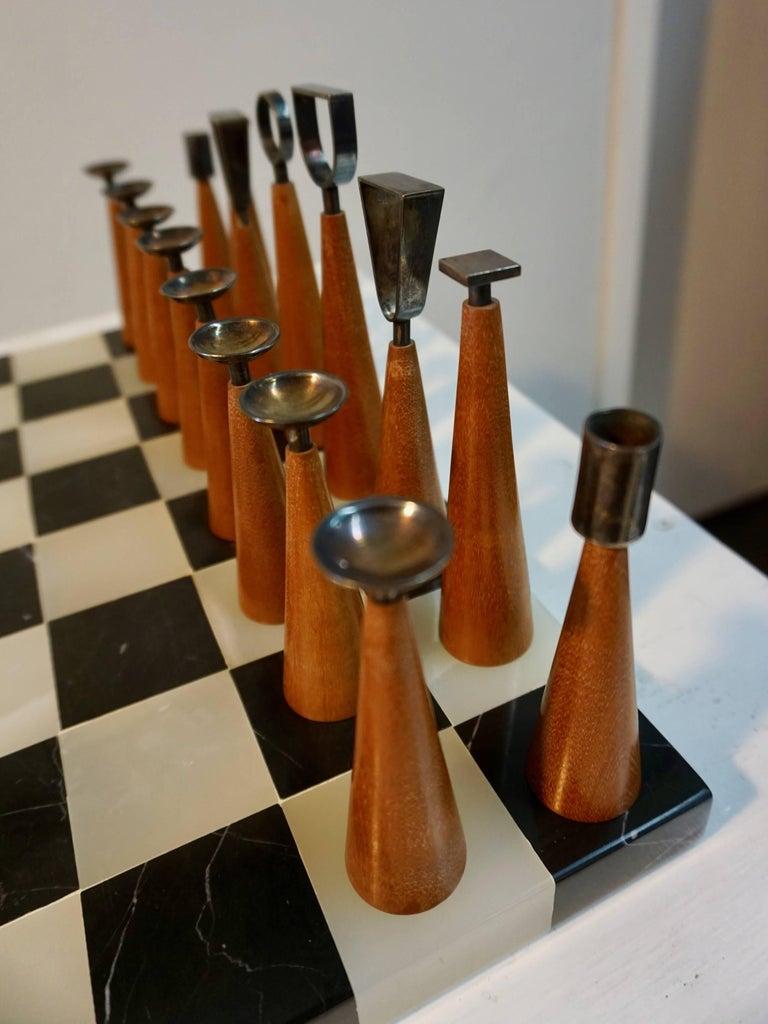 20th Century Minimalist Chess Set For Sale